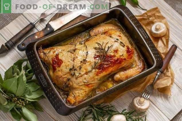 Nadziewany kurczak bez kości w piekarniku