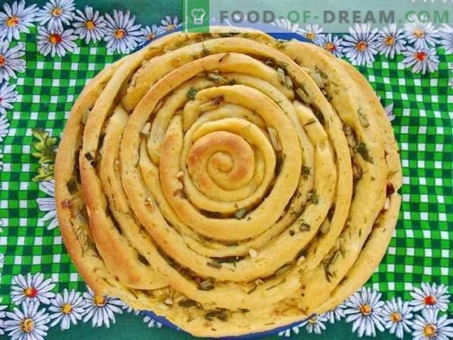 Spirālveida maize ar garšaugiem un ķiplokiem