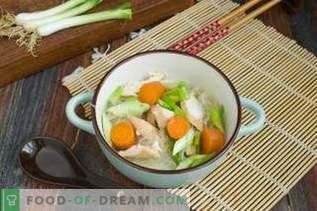 Sopa de pollo china con Funchoza