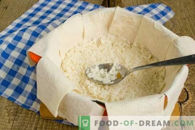 Shakh-pilaf dans le pain pita - consommant pour les vacances