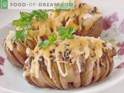 Хармоника од компири. Печен компир со сланина под кора од сирење