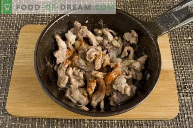 Chrupki z mięsem, ziemniakami i serem
