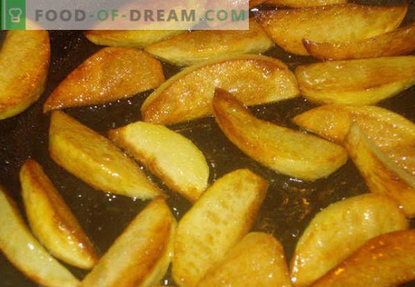 Jak smażyć ziemniaki na patelni ze złotą skórką, cebulą, mięsem, grzybami
