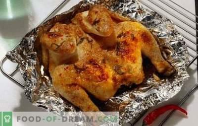 Galinha perfumada e suculenta no forno - rápida, simples e saborosa. Cozinhar frango em papel alumínio no forno - receitas passo a passo