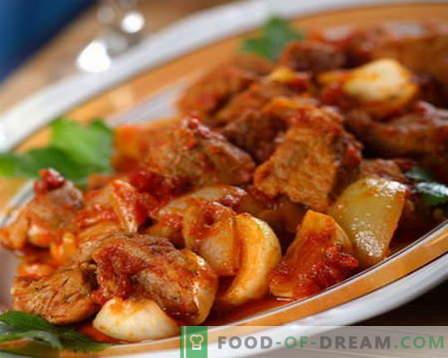 Gulasz wołowy - najlepsze przepisy. Jak prawidłowo i smacznie gotować gulasz wołowy.