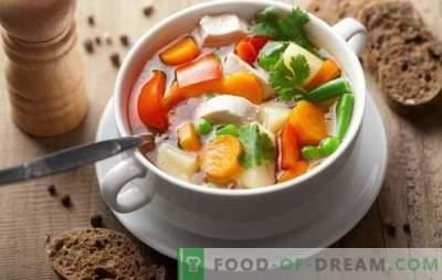 Zupa jarzynowa z kurczaka może być arcydziełem! Najlepsze przepisy na zupę warzywną z kurczaka ze śmietaną, serem, imbirem, kukurydzą, dynią
