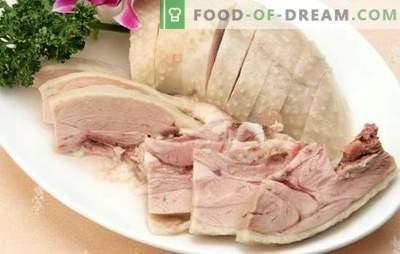 Pavo hervido: ¡un ave de dieta puede ser deliciosa! Recetas de excelente pavo hervido, así como secretos de cocina