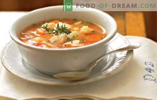 Ucho z prosem - proste, satysfakcjonujące i pomocne. Przepis smacznej zupy rybnej z prosa z rzeki i ryb morskich na kuchence i wolnej kuchence