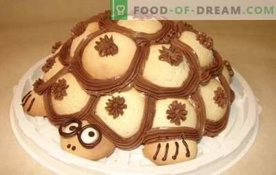 """Ciasto """"Żółw"""" w domu - bardzo czułość! Przepisy na ciasto czekoladowe, szmaragdowe i klasyczne"""