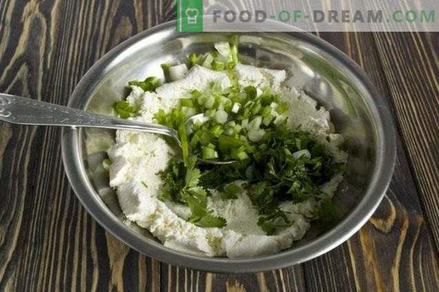 Salat mit Hüttenkäse, Spinat und Koriander