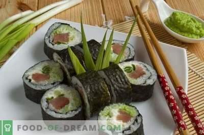 Sushi Maki z czerwoną rybą