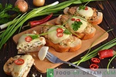 Kanapki z kotletem z kurczaka i mozzarellą zapiekane w piekarniku