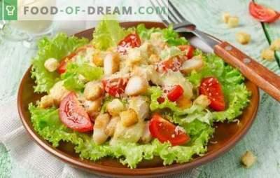 Sałatka Cezara z majonezem: od prostych do wykwintnych przepisów. Jak ugotować pyszną sałatkę Cezar z majonezem