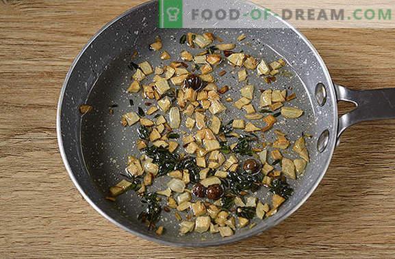 Filet z kurczaka z tymiankiem: bądź zaskoczony nowym smakiem zwykłego produktu! Autorski przepis na filet z kurczaka z tymiankiem, czosnkiem i cytryną na patelni
