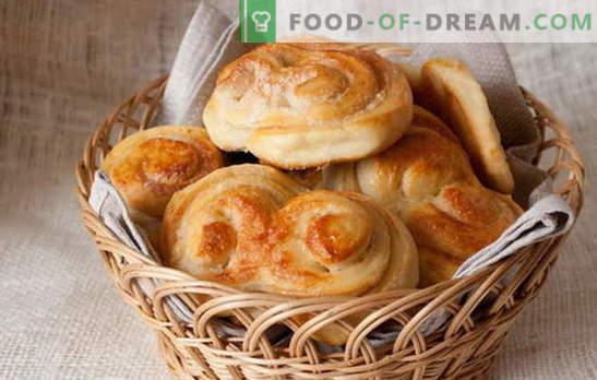 Малките кифли - сладкиши от детството. Макаронени тестени бисквити със стафиди, канела, захаросани плодове и извара