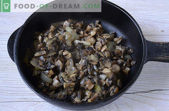 Pie galaretowate z grzybami na kefirze - przepyszne przekąski na godzinę! Foto-przepis krok po kroku o smakowym kremowym cieście z grzybami