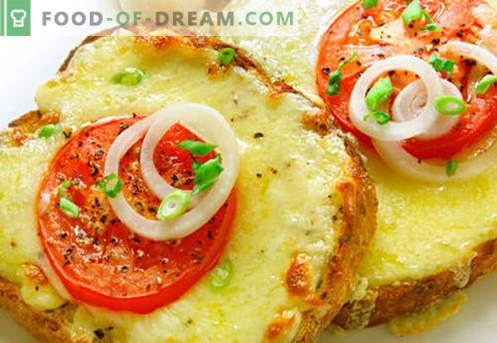 Gorące kanapki z kiełbasą, serem, jajkami, pomidorami - najlepsze przepisy. Jak gotować gorące kanapki w piekarniku, na patelni i kuchence mikrofalowej.