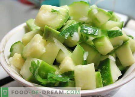Sałatka Zucchini - najlepsze przepisy. Jak prawidłowo i smacznie przygotować sałatkę z cukinii.