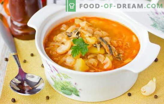 Zupa szprotowa w sosie pomidorowym to budżetowa wersja smacznego lunchu. Sprawdzone receptury zupy szprota w sosie pomidorowym
