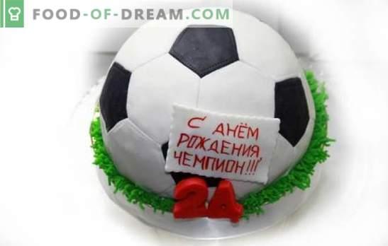 """Football Ball Cake: proste i złożone tematyczne desery deserowe. Ciasto do gotowania """"Piłka nożna"""" z mastyksem i kremem"""