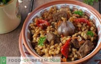 Kruchy jęczmień perłowy z mięsem w wolnej kuchence zawsze się skończy! Obfity posiłek z prostych produktów - przepisy na jęczmień z mięsem w wolnej kuchence