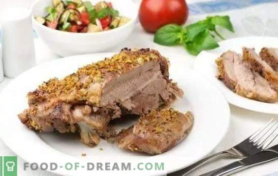 Stek z indyka w piekarniku - kawałek dobrego! Przepisy indyczych steków w piekarniku w różnych marynatach, z warzywami, sosami