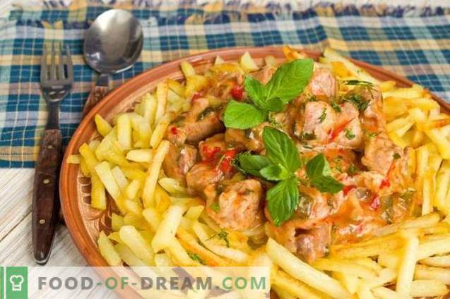 Azu w stylu tatarskim z marynatami i ziemniakami
