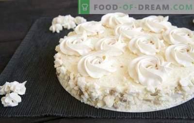 """Cake """"Flying"""" - klasyczny deser z czasów sowieckich. Najlepsze przepisy na ciasto """"Latające"""" z różnymi kremami"""