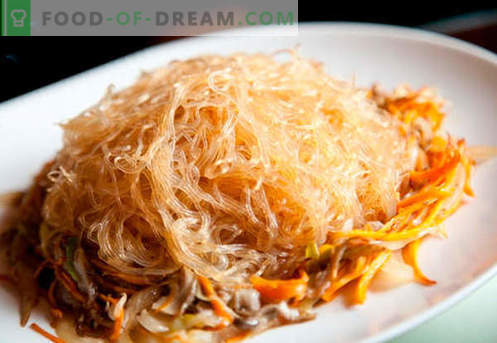 Makaron ryżowy to najlepsze przepisy. Jak właściwie i smacznie gotować makaron ryżowy w domu.