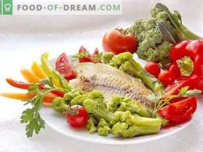 Smażony filet z okonia morskiego z warzywami