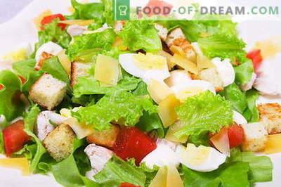 """Sałatka Caesar - odpowiednie przepisy i składniki. Jak gotować sos (dressing) do sałatki """"Cezar""""."""