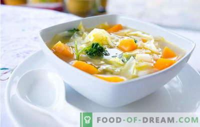Zupa jarzynowa - danie z armią witamin! Proste przepisy na zupy warzywne z knedlami, kaszą jaglaną, fasolą, serem, kurczakiem