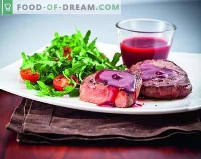 Sos borówkowy - najlepsze przepisy. Jak właściwie i smacznie gotować sos żurawinowy.