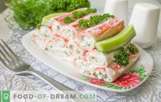 Przystawka z paluszków kraba to smaczny produkt dietetyczny. Najlepsze przepisy na gorące i zimne paluszki krabowe