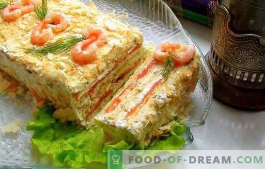 Ciasto z puszkami - dekoracja stołu! Soczyste ciasto z puszkami i warzywami, ser, jajka, pałeczki, kawior