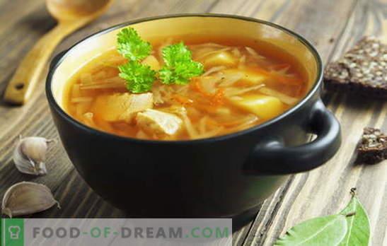"""Przepisy na zupy ze świeżej kapusty, kapuśniak, barszcz. Ryby i mięso """"w języku mołdawskim"""" i """"w Połtawie"""" - zupy ze świeżej kapusty"""