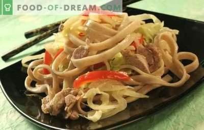 Makaron z wieprzowiną: wiele sposobów przygotowania i podania prostej potrawy. Jak smacznie i szybko gotować makaron z wieprzowiną