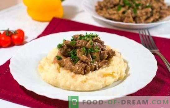 Stroganoff wołowy w wolnej kuchence - danie restauracyjne. Pomidorowo-kremowy wariant wołowiny stroganoff w powolnej kuchence