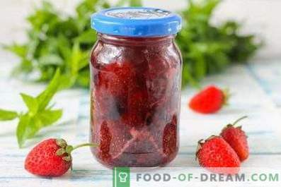 Strawberry jam in a multicooker