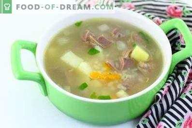 Zupa z żołądka z kurczaka