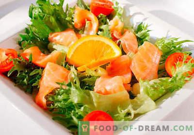 Sałatka z solonym łososiem - odpowiednie przepisy. Szybko i smacznie gotowana sałatka z lekko solonym łososiem.